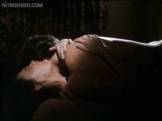 Sexy Jacqueline Bisset Totally Nude In a Hot Sex Scene From 'Class'