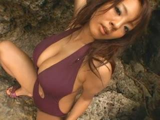 Hitomi Tanaka At The Beach