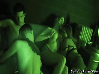 Night-Vision Camera Tapes Hardcore College Sex Party