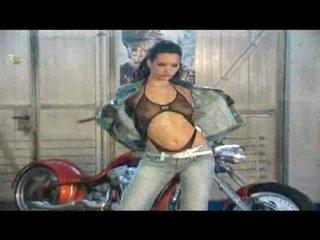 Hot biker queen loves it wild