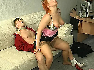 Sultry mother i'd like to fuck kneeling down to show her engulfing skills after hawt muff-diving