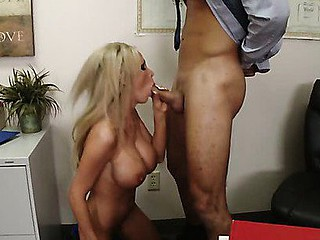 Nikki Benz has lastly graduated from school and this babe knows who pulled all the strings to make that possible. Professor Mountain has always given her good grades with no intention for getting anything back for it. So on Graduation Day this babe opens up her balloon knob anal opening as thanks for all this chab did.