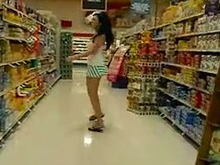 Good looking girl at the supermarket wearing no panties flahes her tits and pussy in public and shows all totally nude at home. Fantastic body on this hot looking chick.