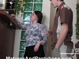 Nasty aged gal in tan tights going out of control in engulf-n-fuck action
