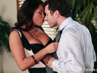 These two coworkers are sexually attracted each other. They start touching and kissing and the guy take off bitch clothes. This beautiful brunette have big boobs and a perfect body. The guy lick her delicious tits and after that he make her a nice cunnilingus to make the slut have a big orgasm.