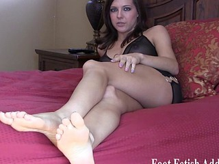Babes on our site have very sexy feet